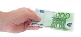 Entretien, réparation ou remplacement des volets... entre le locataire et le propriétaire, qui est responsable du budget ?