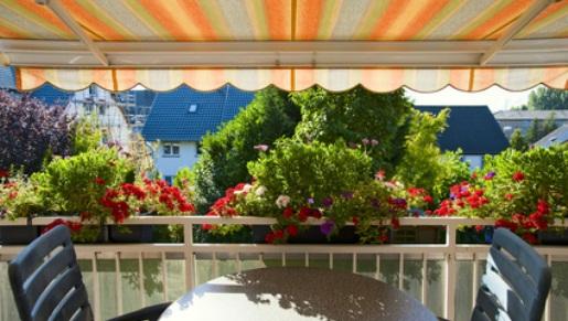 Protéger sa maison du soleil - Fotolia