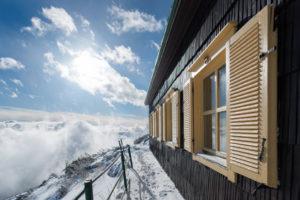 Peut-on remplacer ses fenêtres en hiver ?
